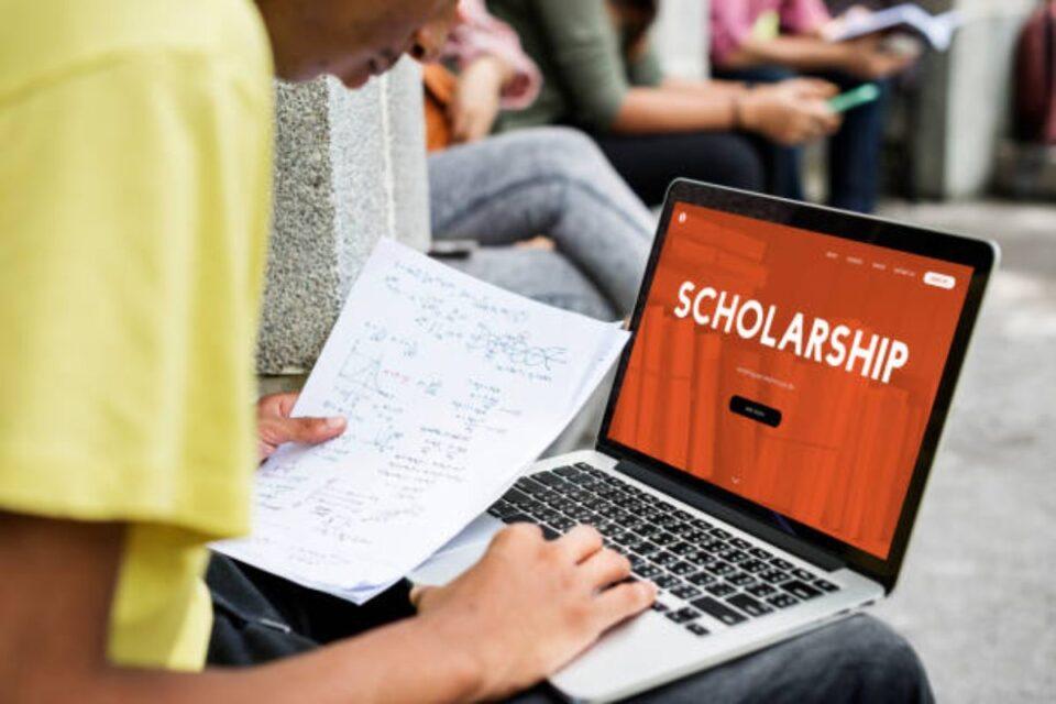 Benjygrinberg Scholarship